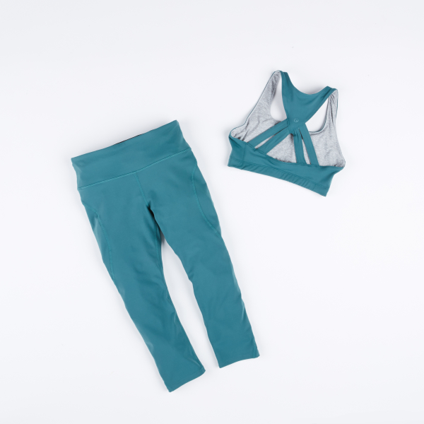 Shape Active: Define Bra & S Capri