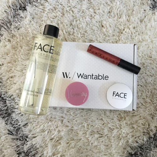 Wantable_-_November_-_Makeup1_odky1b