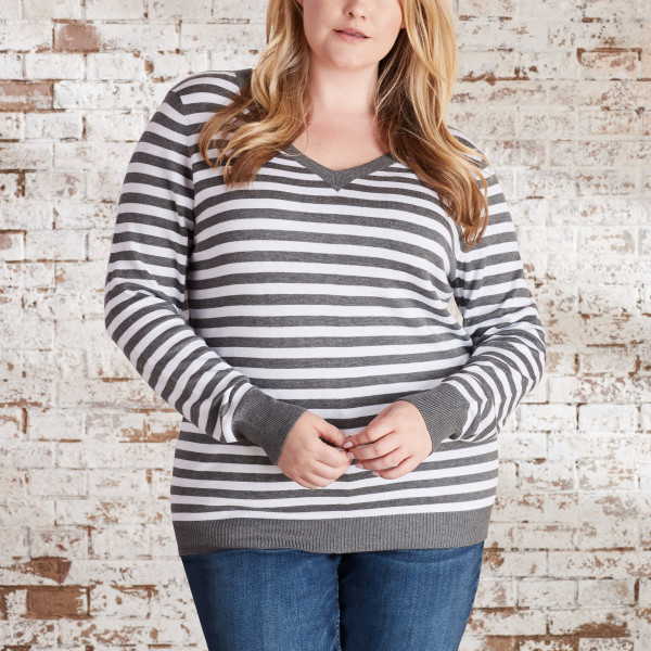 ae1c5de34 Striped V-Neck Sweater in Heather Grey/Ivory | Wantable