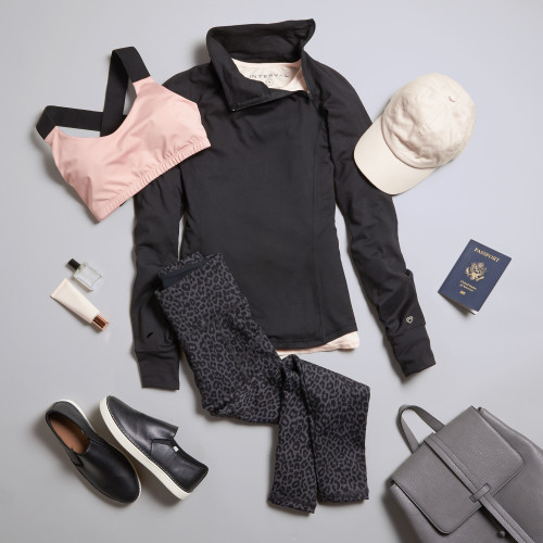 travel outfits: what to wear on a plane