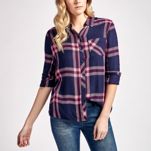 fall and winter essentials: plaid flannel shirt