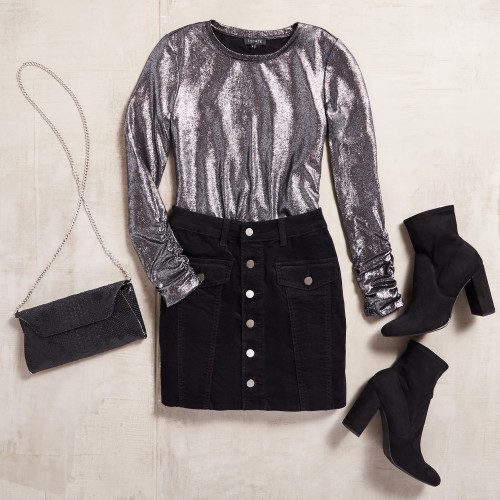 what to wear for new years eve: light catching metallics