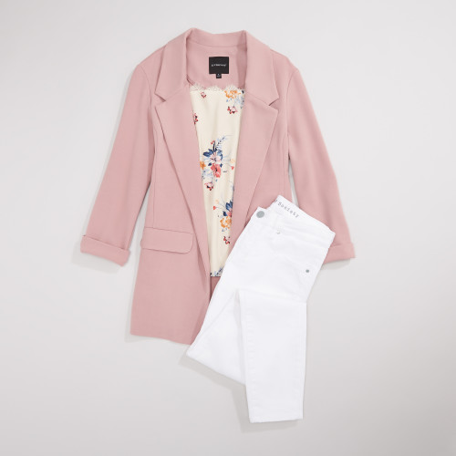 white jeans: fresh blooms