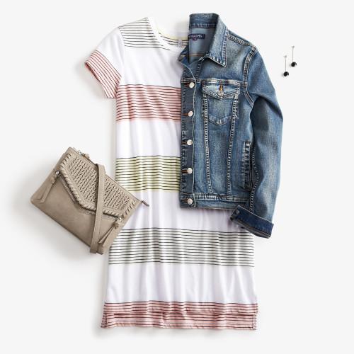 mom outfits: t shirt dress
