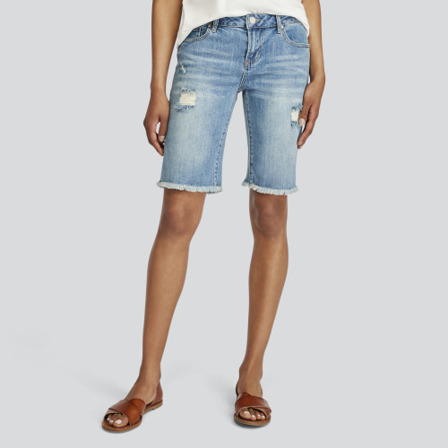 summer clothes: bermuda shorts