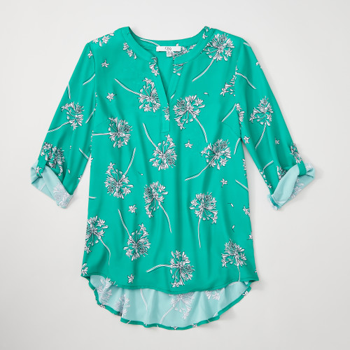 summer business casual: printed blouse