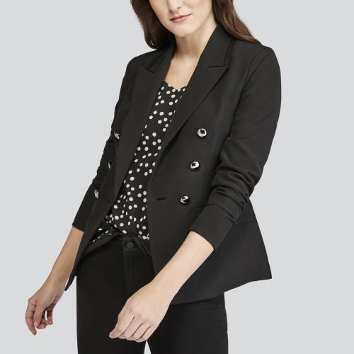 summer getaway: black blazer