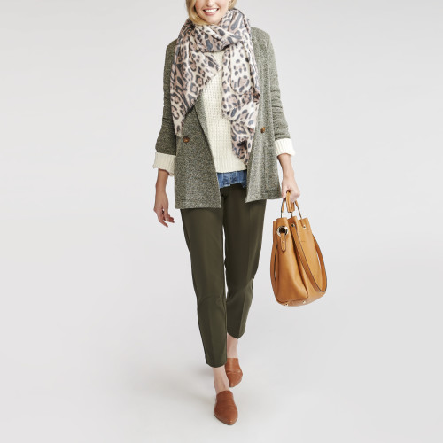 how to layer: scarf
