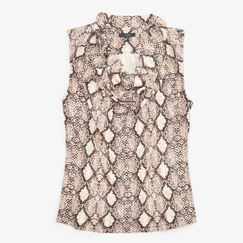casual outfits: snakeskin blouse