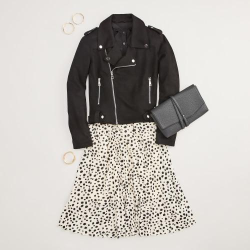 work outfits: midi skirt