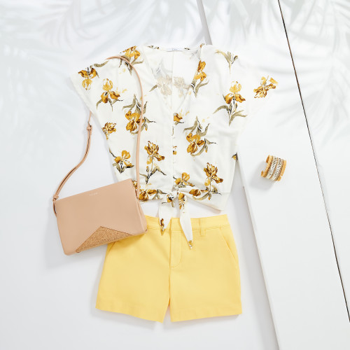 vacation outfits: tie front top