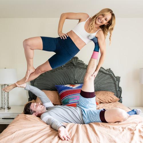 partner workouts: wall squats