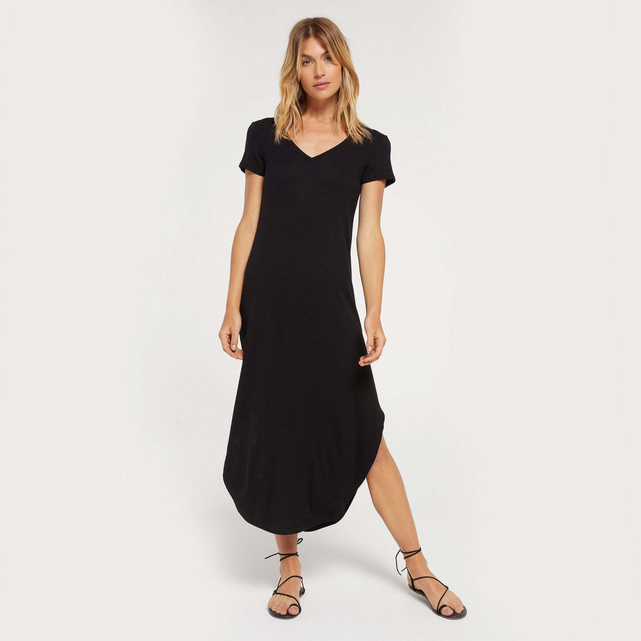Woman in a popular midi dress. Casual summer dress by Z-Supply
